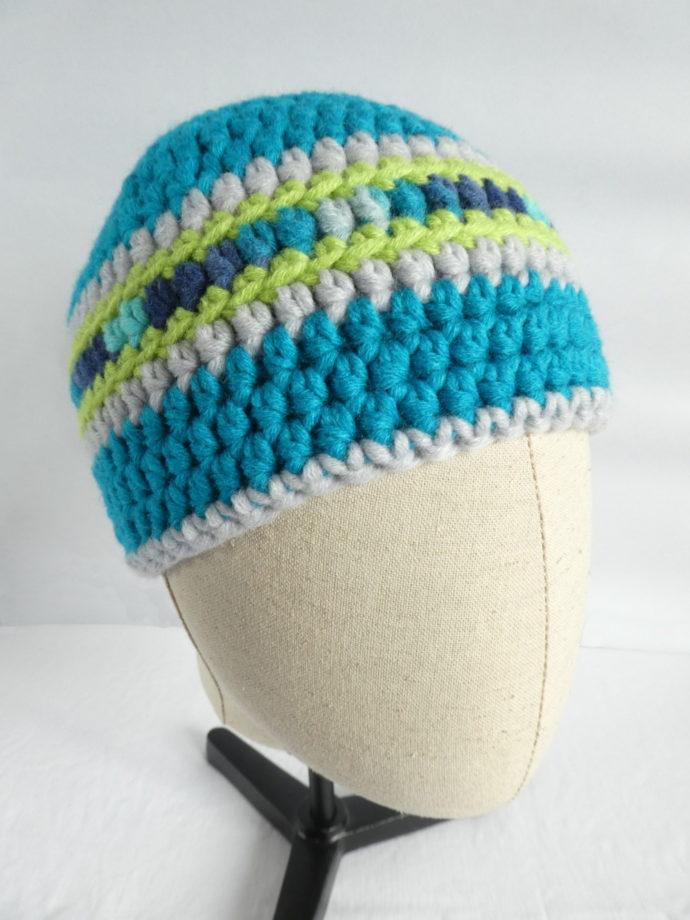 Le bonnet en laine turquoise et gris Deauville.
