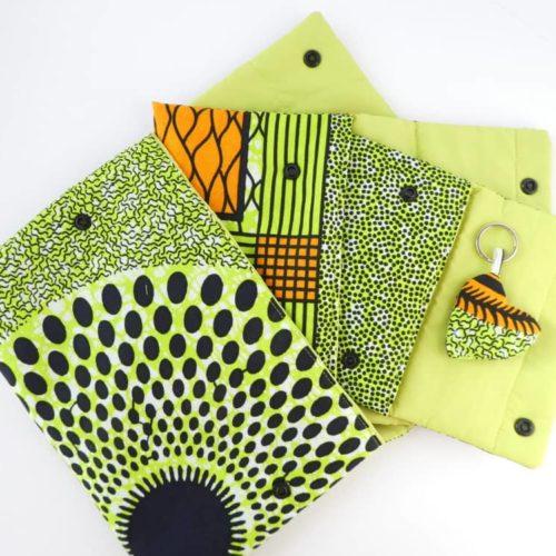 Les trois pochettes gigognes en wax vert.